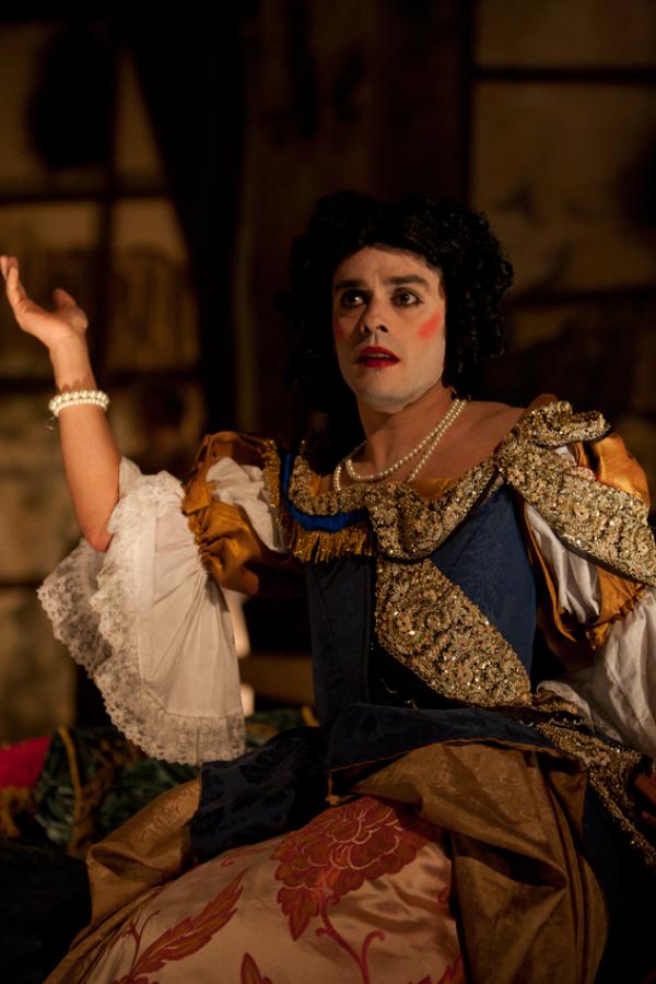 Jeffery hatcher s compleat female stage beauty
